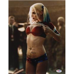 "Margot Robbie Signed ""Suicide Squad"" 11x14 Photo (PSA Hologram)"