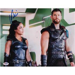 "Chris Hemsworth Signed ""Avengers: Infinity War"" 11x14 Photo (PSA Hologram)"