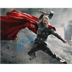 "Chris Hemsworth Signed ""The Avengers"" 11x14 Photo (PSA Hologram)"