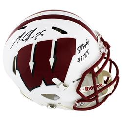 """Melvin Gordon Signed Wisconsin Badgers Full-Size Authentic On-Field Speed Helmet Inscribed """"5143 yds"""