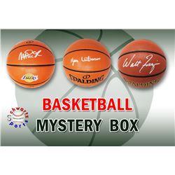 Schwartz Sports Basketball Superstar Signed Basketball Mystery Box - Series 12 (Limited to 100) (Pri