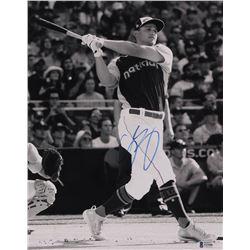 Corey Seager Signed Dodgers 11x14 Photo (Beckett COA)