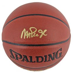 Magic Johnson Signed NBA Basketball (Beckett COA)