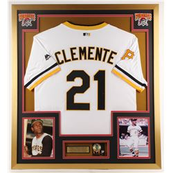 Roberto Clemente Pirates 32x36 Custom Framed Jersey Display with Clemente Pin
