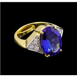 9.52 ctw Tanzanite and Diamond Ring - 18KT Yellow Gold