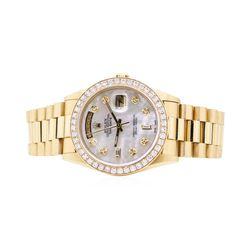 Rolex Mens President 18KT Yellow Gold 2.25 ctw Diamond Wristwatch