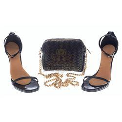 Bad Moms – Amy's (Mila Kunis) Heels & Purse - VI958