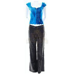 Glass House, The – Ruby Baker's (Leelee Sobieski) Outfit - VI960