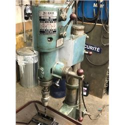 Drill Press with Chuck and Vise