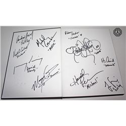 LOST Cast/Crew Exclusive Final Season Yearbook Signed by 10! (Very Rare)