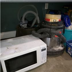 MICROWAVE, MOP BUCKET W/ PUMPS, AND SHOP VAC