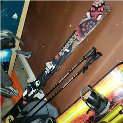ROSSIGNOL POWDER TURN 159CM SKIS WITH MARKER X SQUIRE BINDINGS AND ATOMIC POLES