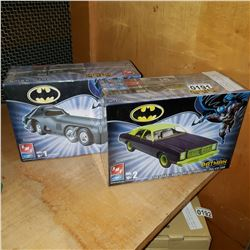2 BATMAN MODEL KITS, BAT MISSILE, AND JOKER GOON CAR