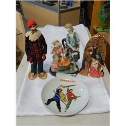 3 FIGURES AND COLLECTOR PLATE