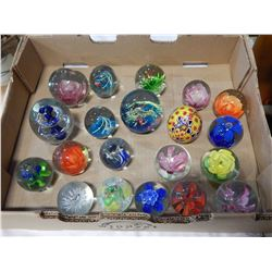 TRAY OF ART GLASS PAPERWEIGHTS