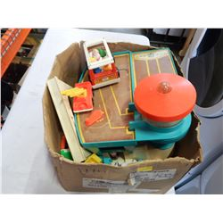BOX OF VINTAGE FISHER PRICE TOYS, FIGURES, CARS, AND GAS STATION