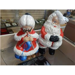 MR AND MRS CLAUS PORCELAIN FIGURES