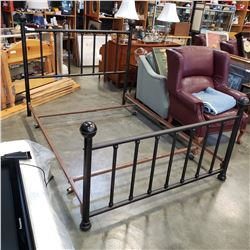 METAL QUEEN SIZE BED FRAME