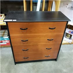 BLACK 4 DRAWER CHEST OF DRAWERS - APPROX 34.5 INCHES TALL