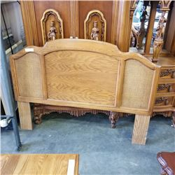 OAK QUEENSIZE HEADBOARD AND ROLLER FRAME