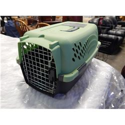 GREEN AND GREY PET MATE ANIMAL CRATE