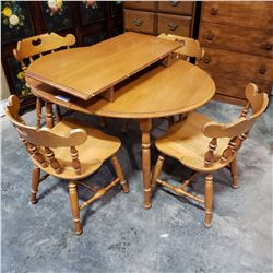 OVAL MAPLE DINING TABLE WITH LEAF AND 4 CHAIRS