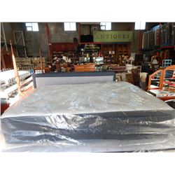 LOGAN AND COVE DOUBLE SIZE PILLOW TOP MATTRESS AND BOX SPRING