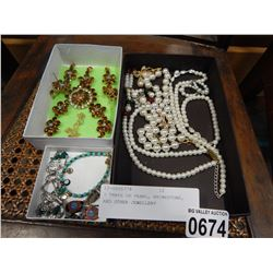3 TRAYS OF PEARL, RHINESTONE, AND OTHER JEWELLERY