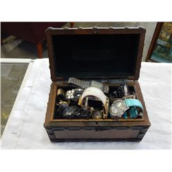 JEWELLERY BOX W/ ASSORTED MENS ESTATE WATCHES