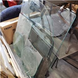 LOT OF VARIOUS GLASS PIECES ONE BEVELLED