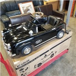 NEW FLOOR MODEL, OUT OF BOX MERCEDES BENZ 300 SL 6 VOLT KIDS RIDE ON ELECTRIC CAR, WITH REMOTE