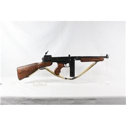 Denix Thompson M1928 Replica