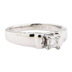 0.25 ctw Diamond Ring - 10KT White Gold