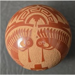 SANTA CLARA INDIAN POTTERY SEED JAR (GRACE MEDICIAN FLOWER)