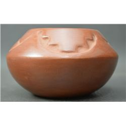 SAN ILDEFONSO INDIAN POTTERY BOWL (ROSE GONZALES)