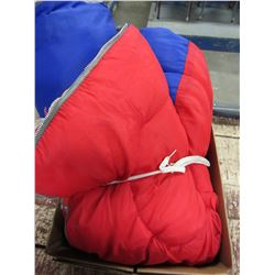 BOX WITH RED/BLUE SLEEPING BAG