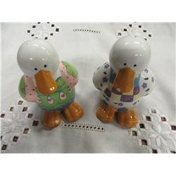 2 DUCK PORCELAIN BANKS (WITH STOPPERS)