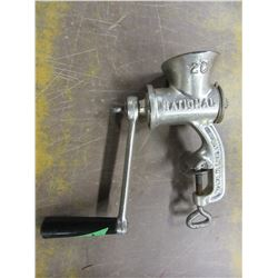 VINTAGE - MEAT GRINDER (NO 20 NATIONAL)