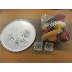 METAL TRAY, PLASTIC DECORATIVE FRUIT & 4 SALT DISHES