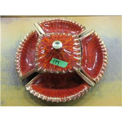 VINTAGE - COVERED DISH & 4 SIDE PLATES SERVING SET (RED/ORANGE)
