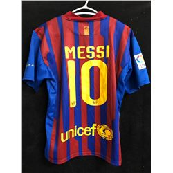 Lionel Messi Barcelona Soccer Jersey (Small)