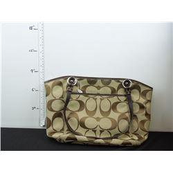 Replica Coach purse.