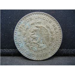 1961 Mexico 1 Peso Coin,   Coin Weighs 0.50 Troy Ounce.