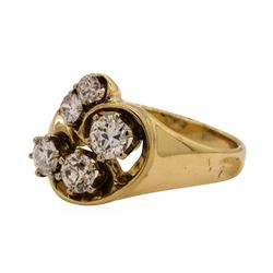 0.85 ctw Diamond Ring - 14KT Yellow Gold