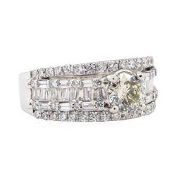 2.24 ctw Diamond Ring - Platinum