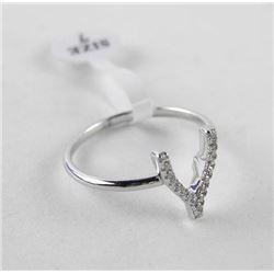 925 Silver Ring Size 7 Wishbone with Swarovski Ele
