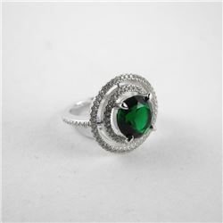 925 Silver Ring Size 6 Halo Style with Emerald Gre