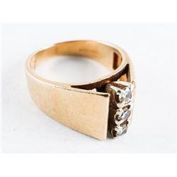 Estate Ladies 14kt Gold 3 Diamond Ring. Size 5. 5.03grams