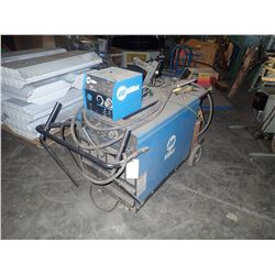 Miller Dimension 452 CC/CV-DC Welding Power Source