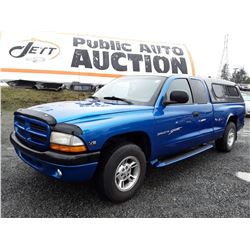 F4 --  2000 DODGE DAKOTA  , Blue , 228529  KM's